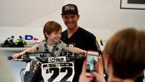 Juliette Feld's daughter tries out Chad Reed's bike
